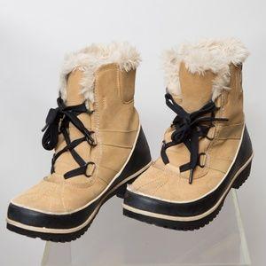 Sorel Women's Tivoli II Snow Boot Size 9